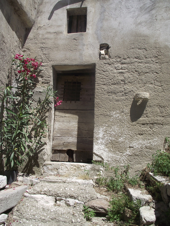 Town home for sale with cellar in Italy Molise, Civitacampomarano (Mariarosa)