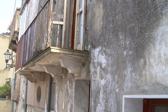 Town House to buy in Molise