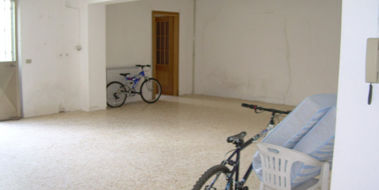 commercial property for rent in molise