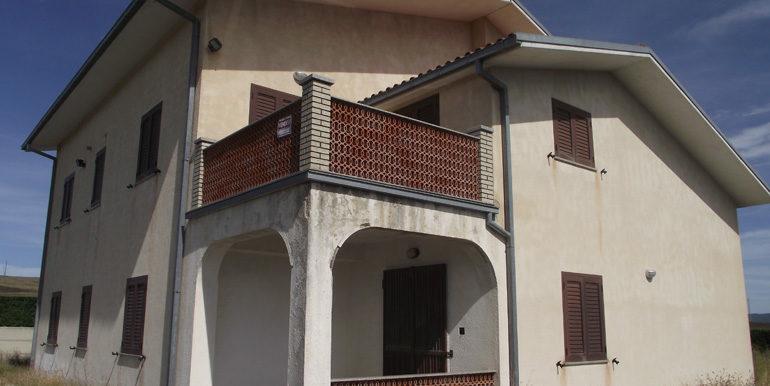 Italian villa for sale