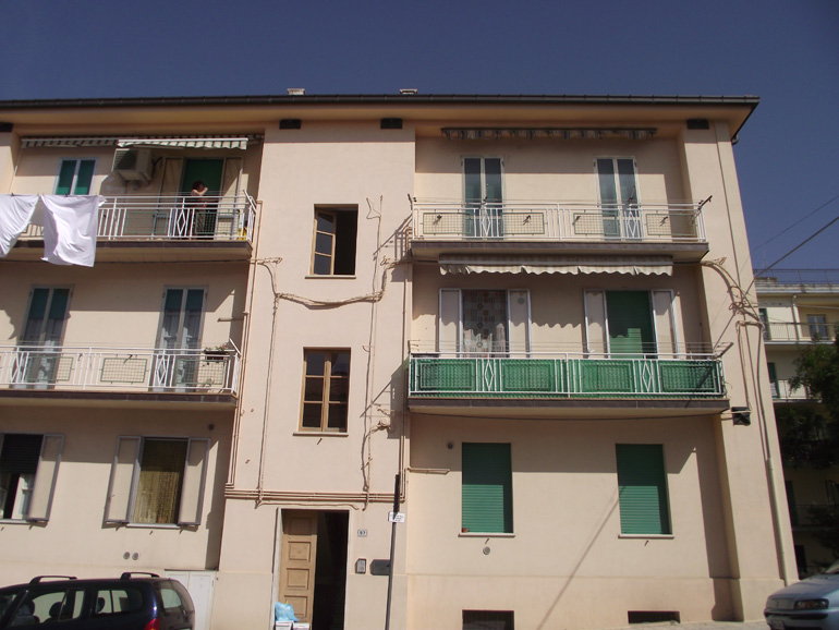 Apartment for sale Italy on the third floor with two bedrooms and a cellar in Molise Larino Appartamento Medea