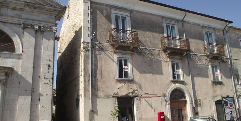 house to buy in molise