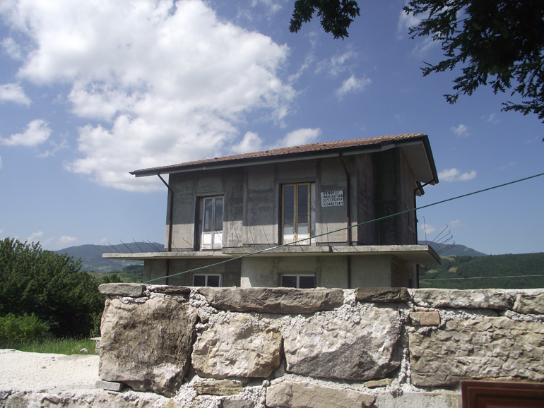 New building with land in Italy Molise, Roccasicura (Cupo)