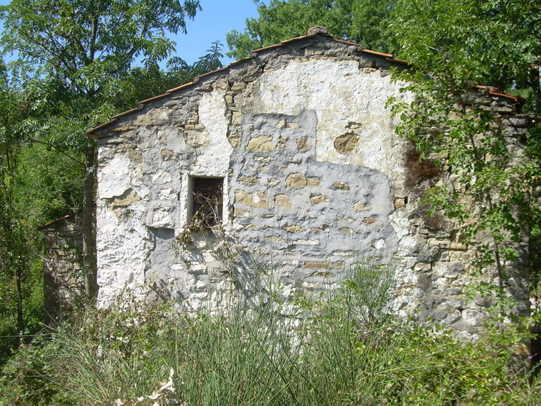 Property Molise, stone country House Borgo Campanaro, Agnone