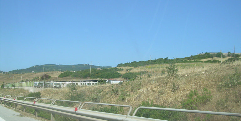 italian land to buy