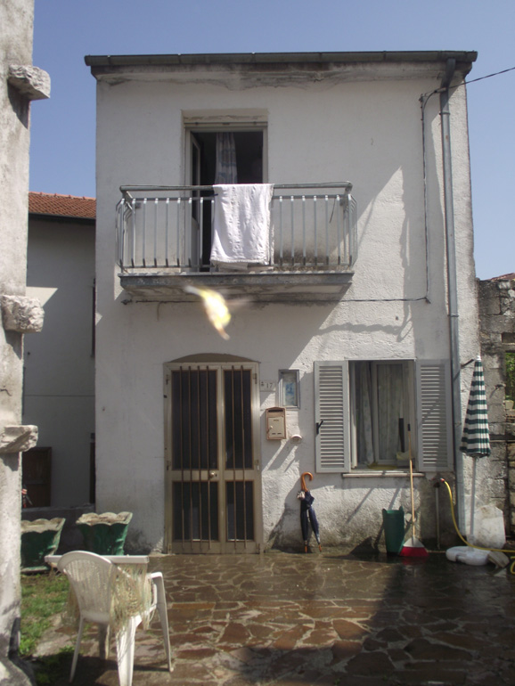 Habitable home in Italy – Molise, San Pietro Avellana (Serena)