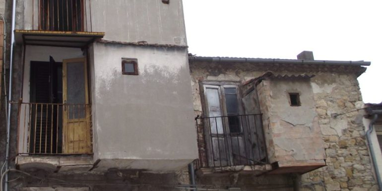 town house in Molise
