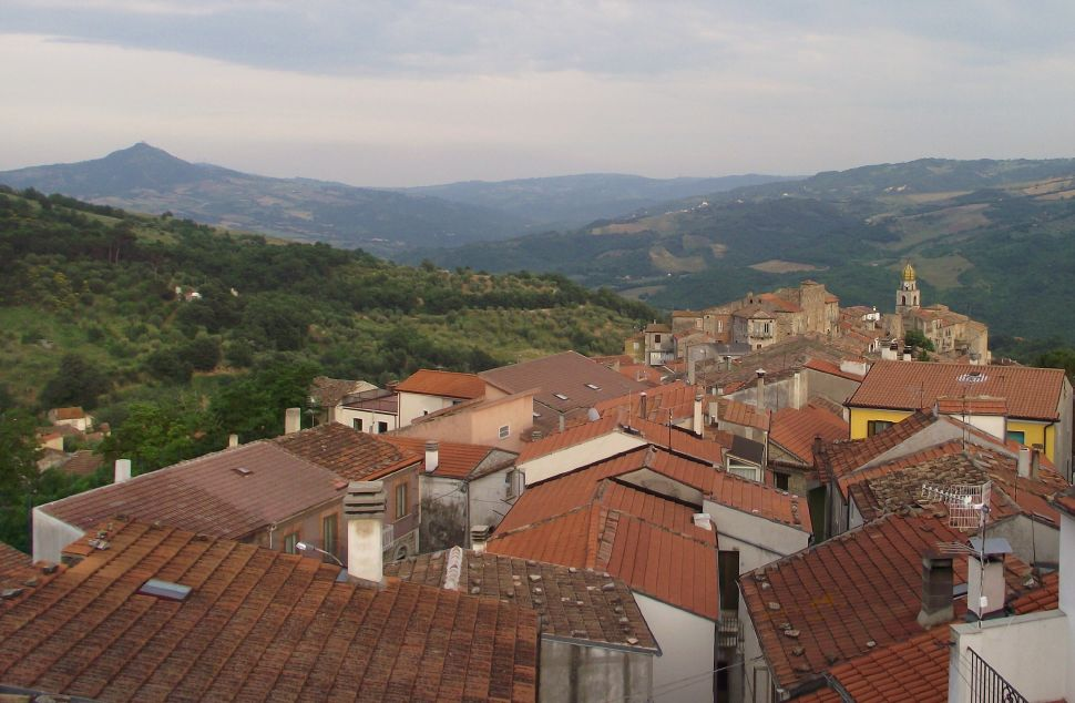 Two bed town house in Molise to buy with panoramic view from the terrace, Lucito – Dario