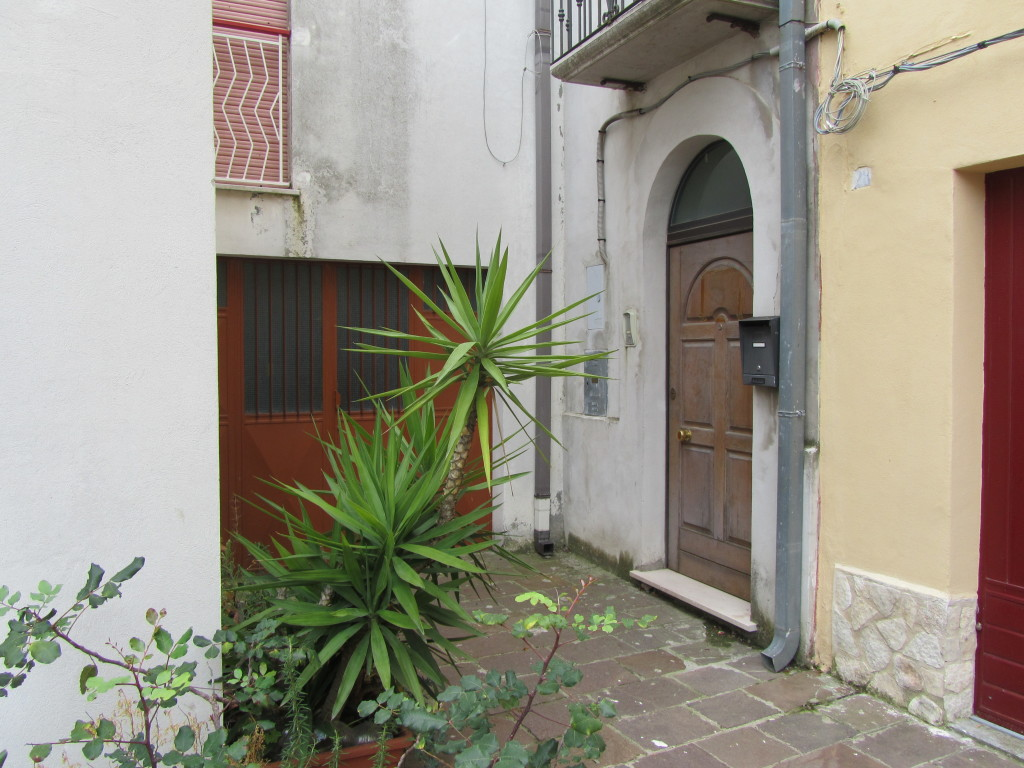 Two town houses in the old town of Guglionesi – Menta