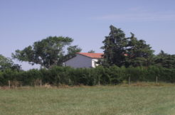 habitable country house