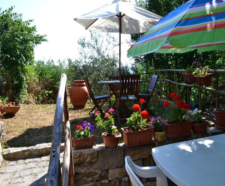 House with garden – Vela