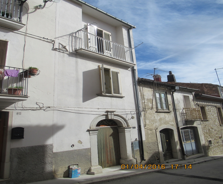 Property to buy in Molise with 3 beds and panoramic view